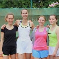 4:2-Erfolg der Damen am 21. Mai 2017: Nathalie, Jana, Merlin und Johanna. Herzlichen Glückwunsch!