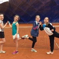 So sehen Sieger aus!!! Aufstieg der 2. U14 Mädchen nach einem 5:1 gegen SV BW Hand am 19.03.2017