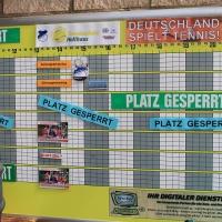 Seit 13. April spielen wir wieder draußen. Aber am Samstag, 22. April fand die offizielle Saisoneröffnung statt. Zusammen mit Deutschland Spielt Tennis.