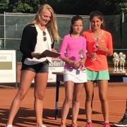 U14-Zweite Caro und U14-Stadtmeisterin Anna-Lynn