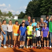 Die TL und das SVR-Team. Wir wurden Jugend-Vereins-Stadtmeister 2017. Was für ein erfolgreicher Tag für den SVR!