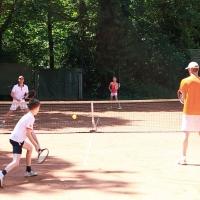 Genug Einzel gespielt: Finn mit Michael gegen (hinten) Kay und Marie.