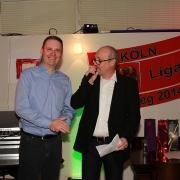 . . . und ehrten Klaus für 40 Jahre Mitgliedschaft und sein Engagement für die Tennisabteilung.