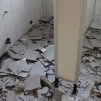13. Januar: Herren-WC. Instandsetzung und Sanierung nach Rohrbruch