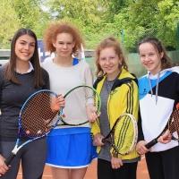 2. Juniorinnen: Hannah, Carla, Anastasia und Carolina