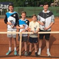 Joshua, U12-KM Leo, Lennard und U16-KM Finn von Grün-Gold Bensberg