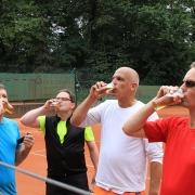 Der Mann mit dem Kranz war da. Jürg, Jörg, Guido und Andreas.