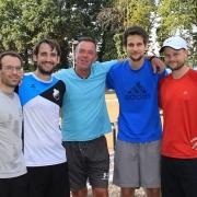 Vor der Pokal-Zwischenrunde der Herren 30 bei GW Königsforst am 15.09.2019 mit Trainer Bart