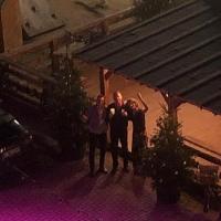 Thomas, Klaus und Biggi freuen sich auf einen schönen Abend.