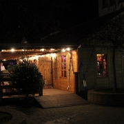 Für uns war die Hütte zwei Tage vor Öffnung des Weihnachtsdorfs reserviert.