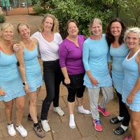 Die Damen 40/1 freuen sich über den Klassenerhalt in der 2. V am 19.09.2021.