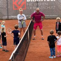 Carlotta und Markus trainieren die Jüngsten