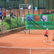 Birgit und Marie auf dem Centercourt