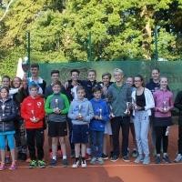 StM 2016 Jugend: Die Stadtmeister und Zweitplatzierten. Vielen Dank für viele hochklassige und faire Spiele.