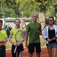 StM 2016 Jugend: U14 Mixed-Finale: Jasper und Jolina (TuS) gegen Till und Amelie (TF GW). Till und Amelie wurden Stadtmeister.