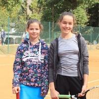 StM 2016 Jugend: U12-Finale Carolin gegen Vanessa.