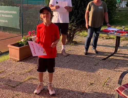 Ben gewinnt den Kleinfeld-Cup beim THC RW