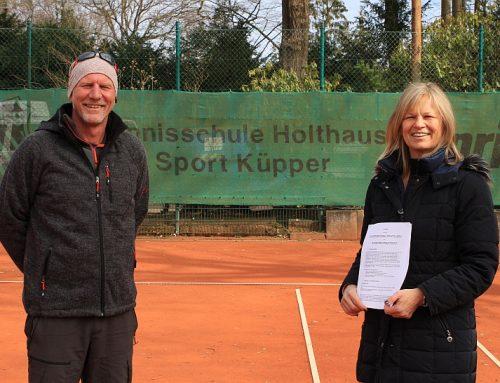 Vertragsverlängerung mit der Tennisschule Holthaus